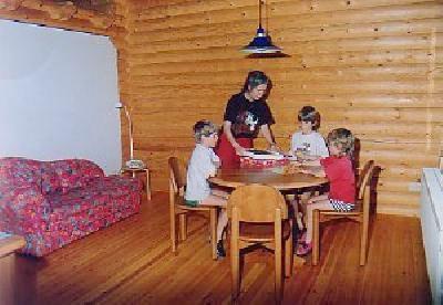 ferienwohnung f r 4 personen in niederstadtfeld eifel ferienhaus eifel. Black Bedroom Furniture Sets. Home Design Ideas