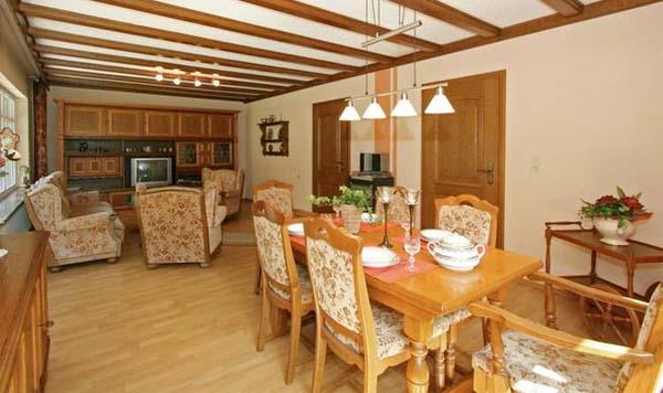 freistehendes ferienhaus f r 7 personen in trierscheid eifel ferienhaus eifel. Black Bedroom Furniture Sets. Home Design Ideas