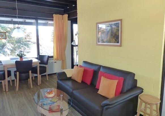 klasse ferienhaus f r 2 erwachsene 1 kind in lissendorf eifel ferienhaus eifel. Black Bedroom Furniture Sets. Home Design Ideas